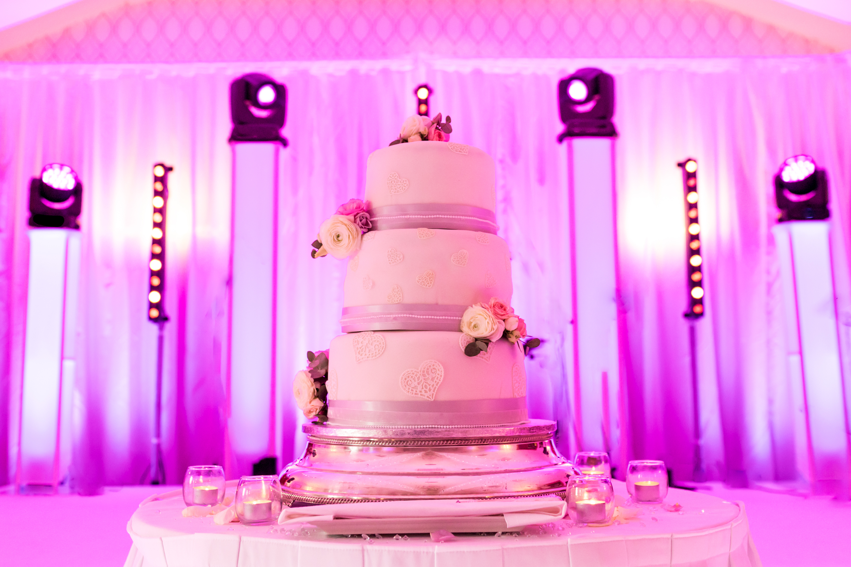 Cake Lightinging