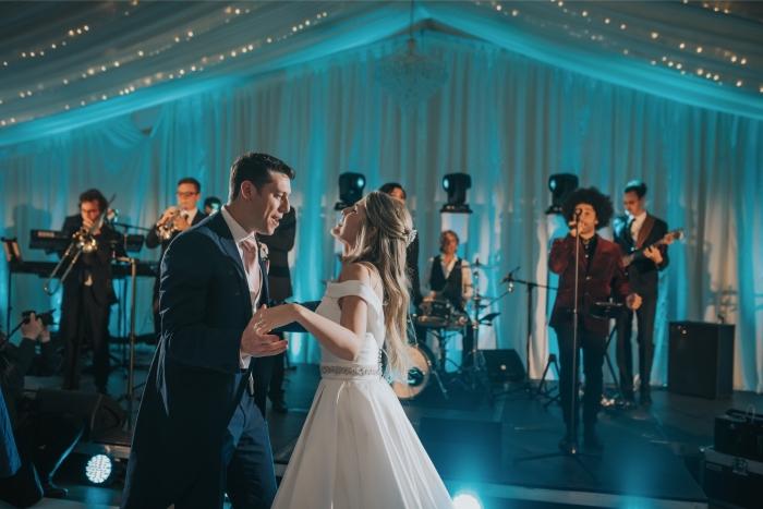 wedding-first-dance-parklands